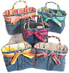Terrific Pics Bootie Bags - Its a Bootiful thing! gosh, i wish i knew how to sew, id totally b. Thoughts I love Jeans ! And a lot more I want to sew my very own Jeans. Next Jeans Sew Along I am likely to Jean Crafts, Denim Crafts, Diy Jeans, Diy Sac, Denim Purse, Denim Ideas, Fabric Bags, Bag Making, Purses And Bags