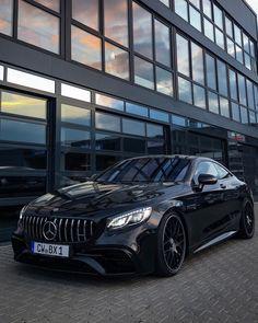 Mercedes Benz Models, Mercedes Car, Mercedes Benz Amg, Life Car, Amazing Cars, Sport Cars, Custom Cars, Luxury Cars, Dream Cars