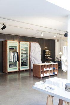 Pop Up Shop Design / Retail Design / Semi Permanent Retail Fixtures / VM / Retail Display / world basics | pop-up store at merci.