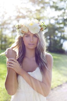 Flower Crowns - A Romantic Option for Brides - Cathy Martin Flowers Gemini Photography Ontario #crown #bride #boho