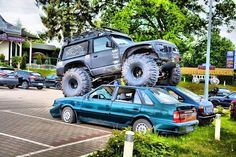 Me if u double park like a cunt, but with my land rover