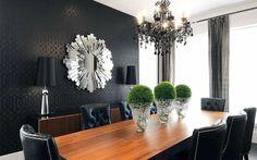 papier peint texturé en noir pour la salle à manger