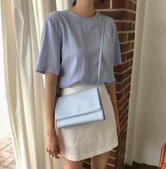 - Makeup Looks Classic Cute Dress Outfits, Pretty Outfits, Cute Dresses, Work Outfits, Korea Fashion, Daily Fashion, Everyday Fashion, Minimal Outfit, Minimal Fashion