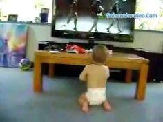 El discípulo más joven de Beyoncé es un bebé ¡y baila de miedo! Mira este vídeo.