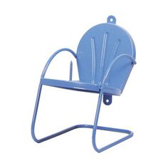 Garden Treasures Corn Cob Chair Feeder from Lowes! Blue is cool, but I wonder if Lowes has it in the other color - teal? Squirrel Feeder Diy, Cute Squirrel, Squirrels, Build A Bat House, Wedding Present Ideas, Outdoor Chairs, Outdoor Decor, Outdoor Ideas, Outdoor Living