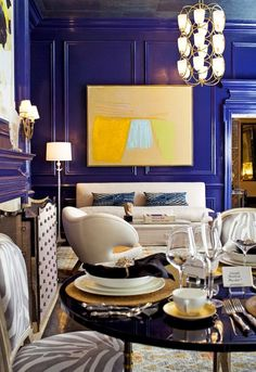 Eric Cohler and Jennifer Mason, dark indigo walls, large yellow abstract. Love those blue walls. Indigo Walls, Blue Walls, Bright Walls, Dark Walls, Console Design, Home Goods Decor, Home Decor, Blue Rooms, Blue Bedroom