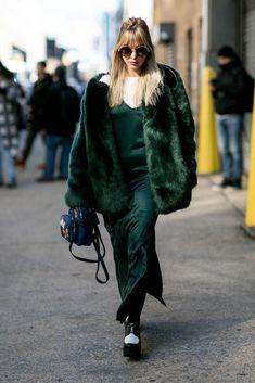 Silky outfit silk slip dress winter look street style Look Street Style, New York Fashion Week Street Style, Autumn Street Style, Street Fashion, Green Fur Coat, Estilo Cool, Fur Clothing, Nice Dresses, Slip Dresses