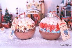 Our homemade Christmas gift idea for Gabchou's mistress. Simple and original, hot chocolate Christmas balls Hot cocoa Christmas ornaments Christmas Ad, Christmas Chocolate, Christmas Balls, Christmas Presents, Hot Chocolate, Christmas Ornaments, Holiday, Homemade Christmas Gifts, Homemade Gifts