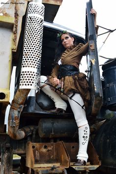 Olivero Photography   #Steampunk #Girl