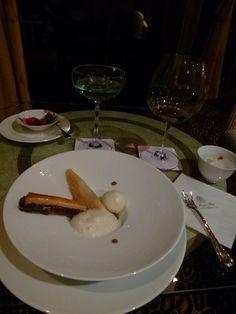 "Cena ""Out of Africa""(Teppanyaki), ""The Windsor Hotel TOYA"", Toyako-Onsen(Terme), Hokkaido Japan"