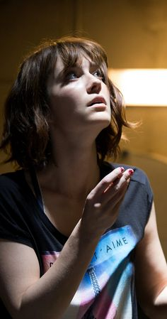 Mary Elizabeth Winstead photos, including production stills, premiere photos and other event photos, publicity photos, behind-the-scenes, and more.