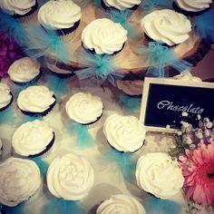 Vintage themed Wedding Cupcakes