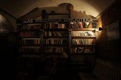 国立図書館、ではなくバーの一角