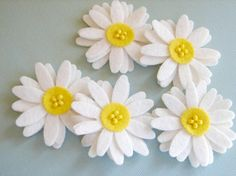 Wool Felt White Daisies Set of 8 by AMarketCollection on Etsy