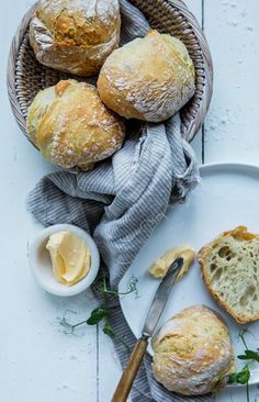 Base Foods, Plant Based Recipes, Camembert Cheese, Vegan Recipes, Food And Drink, Dairy, Baking, Ol, Bread Making
