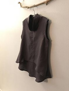 M linen top / grape purple linen wavy end top size M/  ready
