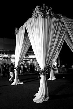 Fabric draping on mandap Mandap Design, Jewish Wedding Ceremony, Corporate Event Design, Bright Flowers, Chuppah, Draped Fabric, Home Design Decor, Friend Wedding, Wedding Decorations