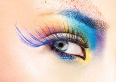 Trucco occhi ciglia finte blu
