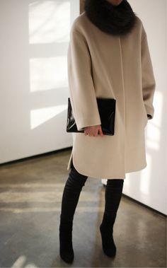 ivory coat + black skinny jeans + black ankle boots + black fur scarf
