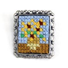 Mini Cross Stitch, Beaded Cross Stitch, Diy Embroidery, Cross Stitch Embroidery, Perler Beads, Cross Stitch Designs, Cross Stitch Patterns, Pixel Pattern, Melting Beads