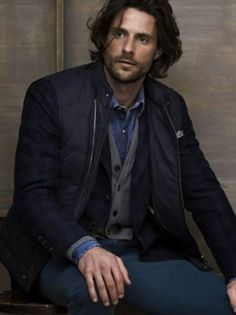 Tommy Dunn for Brunello Cucinelli F/W 2013 Look Fashion, Mens Fashion, Sophisticated Hairstyles, Medium Hair Styles, Long Hair Styles, Brunello Cucinelli, Haircuts For Men, Beautiful Men, Men Casual