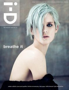 Stella Tennant photographed by Paolo Roversi on the cover of i.d Magazine for summer I love her pale blue hair, so effortlessly cool Stella Tennant, Paolo Roversi, Fashion Magazine Cover, Fashion Cover, Magazine Cover Design, Magazine Covers, Steven Meisel, Tim Walker, Hair Test