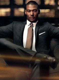 Is this what corporate racists and white privilege is afraid of? A black man in power? Sharp Dressed Man, Well Dressed Men, Gentleman Mode, Gentleman Style, Mode Masculine, Masculine Style, Fashion Mode, Mens Fashion, Fashion Wear