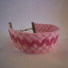 Bracelet en tissu biais vichy rose et croquet rose - idée cadeau - filles…