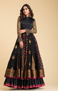 Black Banarsi Anarkali with quilt details on bodice and gota details on sleeves and frills. Shrug For Dresses, Indian Gowns Dresses, Pakistani Dresses, Pakistani Suits, Pakistani Bridal, Indian Bridal, Bridal Dresses, Choli Designs, Lehenga Designs