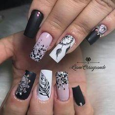 Cute Acrylic Nail Designs, Black Nail Designs, Toe Nail Designs, Cute Acrylic Nails, Indian Nails, Feather Nail Art, Mandala Nails, Bridal Nail Art, Nail Games