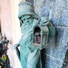 Jeśli tak można powiedzieć to uważam że ten pomnik jest najweselszy z tych które widziałam. #österreich #austria #Vienna #Wien #wiedeń #igersaustria #igersvienna #igerswien #visitvienna #visitaustria #streetsofvienna #nofilter #viennablogger #ilovewien #welovevienna #viennaphotowalk #viennacity #viennaaustria #vienna_austra Austria, Vienna