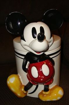 RARE DISNEY 1920 STEAMBOAT WILLIE MICKEY MOUSE COOKIE JAR 360 top to bottom Pics