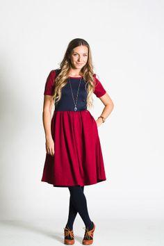 lularoe_modest_box_pleat_zipper_dress_amelia0002.jpg