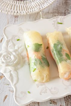 Cherry on a Cake: VIETNAMESE SPRING ROLLS.  These look great!