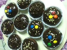 Cupcake de chocolate com cobertura