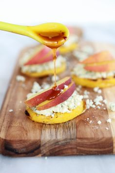 Peach and Gorgonzola Grilled Polenta Rounds with Chipotle Honey | (Make sure your gorgonzola is gluten free!)