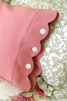 sleeves - Scalloped Edge Pillowcase - Easy Sewing Projects for Pillows - Bedroom and Home Decor Ideas - Sewing Patterns and Tutorials - No Sew Ideas - DIY Projects and Crafts for Women http://diyjoy.com/sewing-projects-diy-pillowcases