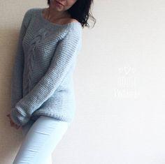 """33 отметок «Нравится», 1 комментариев — СВИТЕР ДЖЕМПЕР КАРДИГАН (@house_knitwear) в Instagram: «#house_knitwear_вналичии  Джемпер """" Альпаковый """" Цвет: бледно - голубой  Состав: 77% альпака, 23%…»"""