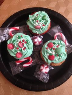 Cupcakes I made for Christmas