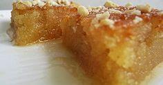 Το σιροπιαστό σιμιγδαλένιο γλυκό που πούλαγαν κάποτε στους δρόμους και ήταν το αγαπημένο γλυκό μικρών και μεγάλων… Greek Sweets, Greek Desserts, Greek Recipes, Cookbook Recipes, Dessert Recipes, Cooking Recipes, Low Calorie Cake, Meals Without Meat, Oreo Pops