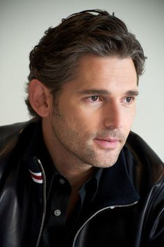 Fantasy casting for THE STOLEN CHALICE.  Should Eric Bana play John Sinclair?