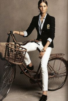 Bike Style Cicle Chic Ralph Lauren preppy look Casual Chic, Style Casual, Preppy Style, Preppy Casual, Preppy Ideas, Classic Style, Casual Shoes, Style Désinvolte Chic, Style Work