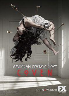 American Horror Story: Coven ganha quatro novos pôsteres