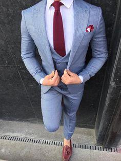 Austin L- Blue Slim-Fit Suit – brabion Mens Casual Suits, Dress Suits For Men, Grey Suit Men, Stylish Mens Outfits, Mens Fashion Suits, Mens Suits, Chinos Men Outfit, Blazer Outfits Men, Beige Chinos