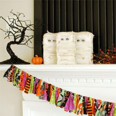 Make this easy Halloween banner!