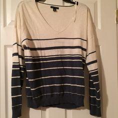 NWOT Tommy Hilfiger Striped Sweater Size L Blue and white stripes, vneck, 100% cotton Tommy Hilfiger Sweaters V-Necks