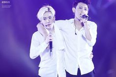 XD Suho looks like he is 100% done with tao