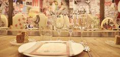 Manzana Mahou 330 ha vuelto un año más al centro de Madrid para seguir sorprendiendo y esta vez lo hace proponiendo una… Table Settings, Table Decorations, Home Decor, Gastronomia, Ale, Events, Decoration Home, Room Decor, Place Settings