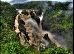 HOLIHOLIHOLIDAYS : Rainforest Canyon Oregon