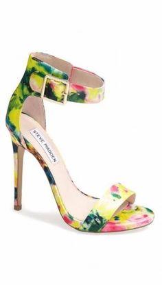 Chaussures pour un mariage tropical